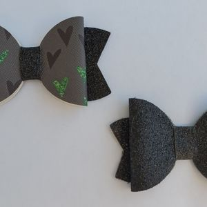 Other - Valentine's Day Bow Set